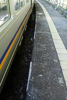 電車とホームのすき間