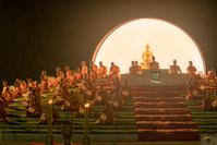 タイ チェンマイ ランタン祭り