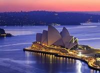 オーストラリア シドニー・オペラハウス 夜明け