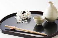 桜と和盆 日本酒