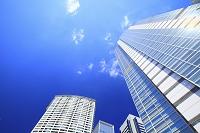 東京都 品川駅港南口の高層ビル群