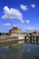 イタリア ローマ サンタンジェロ城とテベレ川