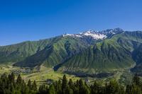ジョージア スワネティ地方 ウシュバ山
