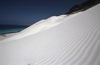イエメン ソコトラ島 アラビア海沿岸の砂丘