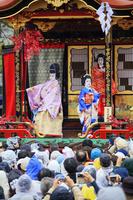 滋賀県 長浜曳山まつり 子ども歌舞伎