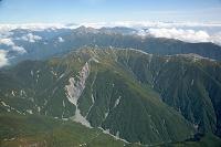 赤石山脈 南アルプス 塩見岳周辺より北岳,仙丈ケ岳方面の山並み