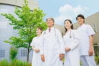 笑顔の医療チーム