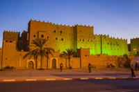 モロッコ タウリルトのカスバの夜景