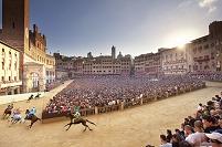 パリオ イタリア シエナでの競馬祭
