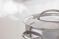 沸騰する鍋