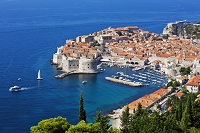 クロアチア ドブロヴニクの町並みとアドリア海