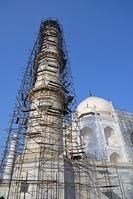 インド タージ・マハル ミナレットの修復工事