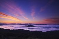 北海道 朝の屈斜路湖の雲海
