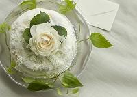 白いバラのスイーツ