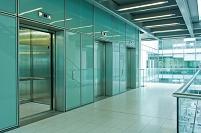 オフィスのエレベーター