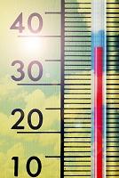 高温を表示する温度計
