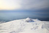 鳥取県 大山頂上の避難小屋と日本海