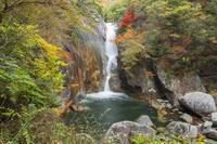 山梨県 御岳昇仙峡の仙娥滝