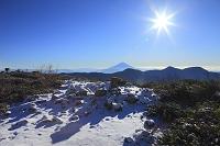 静岡県 富士見平 富士山と朝日と雪景色の展望台