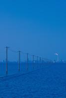 千葉県 海に電柱の江川海岸の朝