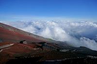 山梨県/静岡県 富士山・八合目からの雲海