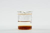コーヒーシュガーを水に溶かす(2/B)