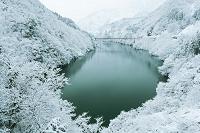 富山県 雪の庄川峡