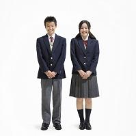 日本人の中学生男女