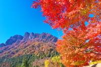 群馬県 妙義山と紅葉