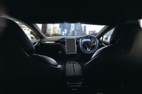 自動運転車の運転席
