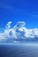 湘南の海と入道雲