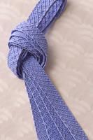 青い組み紐
