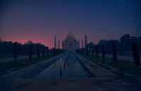 インド 月夜のタージ・マハル