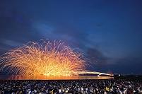 新潟県 ぎおん柏崎まつりの海の大花火大会