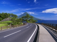 鹿児島県 瀬平橋と開聞岳(薩摩富士)