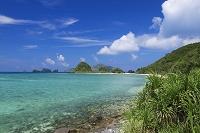 沖縄県 座間味島より伊釈加釈島と屋嘉比島