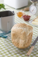 ホームベーカーリー 焼き上がった食パン