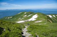 山形県 月山登山道より姥が岳
