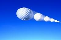 飛んでるゴルフボール
