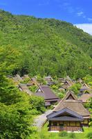 京都府 初夏の美山町かやぶき民家の里