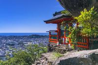 和歌山県 熊野速玉大社の摂社 神倉神社 ご神体のゴトビキ岩