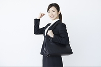 就活中の若い日本人女性