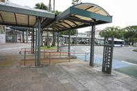宮崎駅西口ロータリーに設置された身障者用乗降場