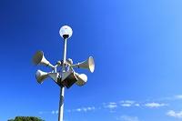 防災行政無線スピーカーと外灯
