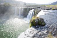 大分県 平地に突如現れる原尻の滝