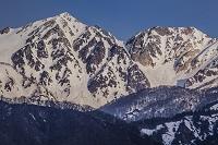 長野県 残雪の白馬鑓ヶ岳と杓子岳