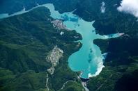 井川ダムと井川湖