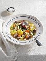 豚バラ肉とカブのスープ