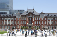 東京駅駅前広場