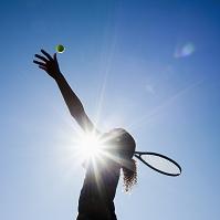 テニスプレイヤーのシルエット